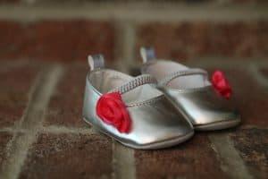 נעליים פתוחות