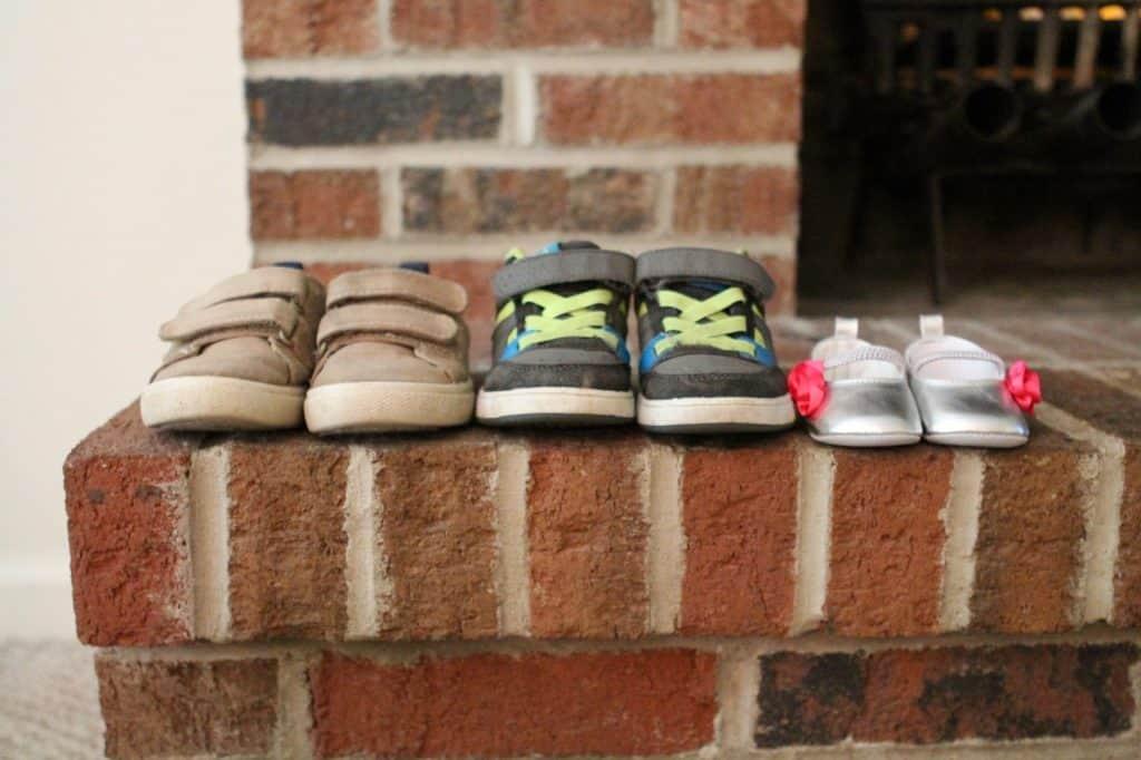 סוגים שונים של נעליים